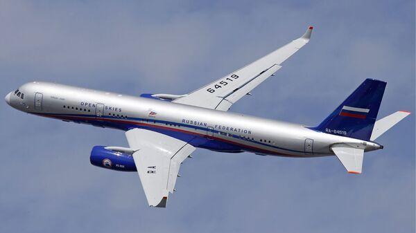 Ruský pozorovací letoun Tu-214ON - Sputnik Česká republika
