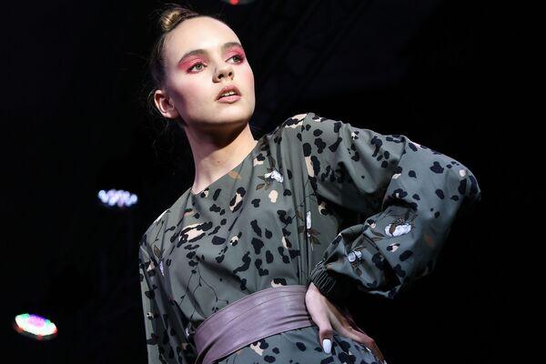 Účastnice přehlídky v rámci týdne módy Crimean Fashion Week - Sputnik Česká republika