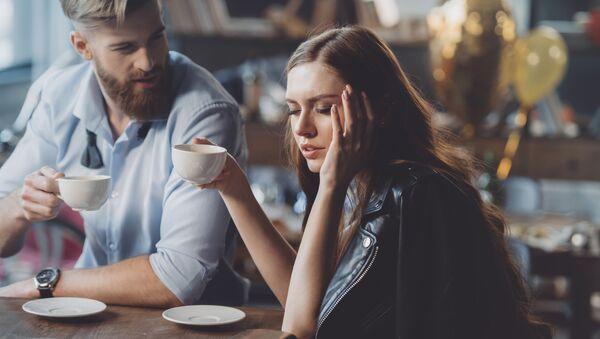 Muž a žena v kavárně. Illustrační foto - Sputnik Česká republika