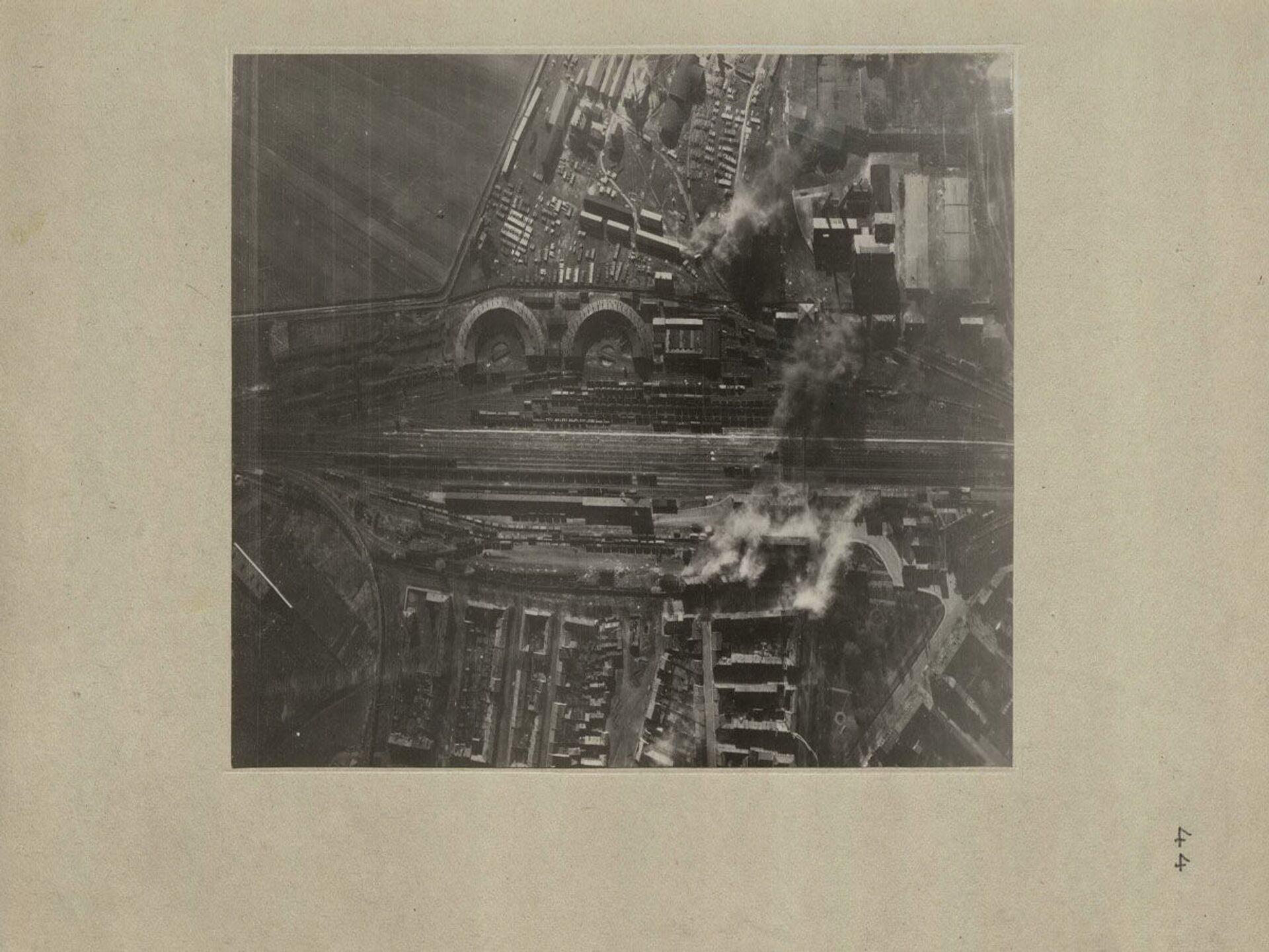 Osvobození Bratislavy, r. 1945. Záběr ze vzduchu - Sputnik Česká republika, 1920, 20.04.2021