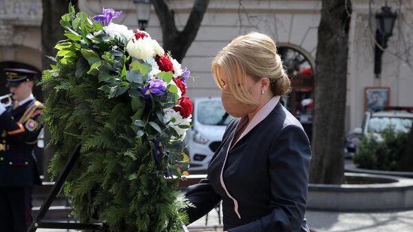 Slovenská prezidentka Zuzana Čaputová uctila památku rudoarmějců,  kteří padli při osvobozování Bratislavy - Sputnik Česká republika