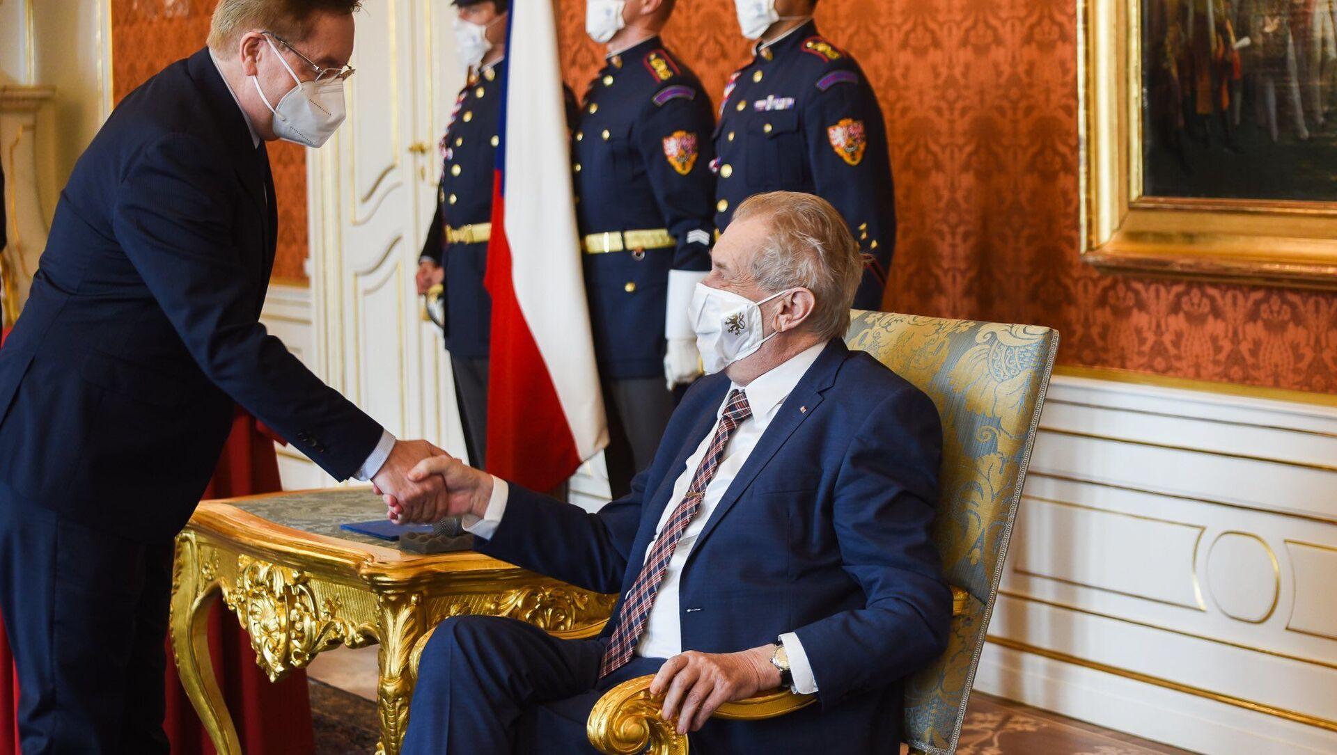Prezident republiky Miloš Zeman jmenoval Petra Arenbergera ministrem zdravotnictví. - Sputnik Česká republika, 1920, 15.04.2021