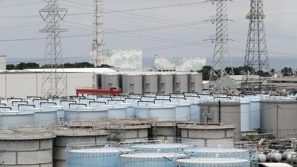 Pohled na Jadernou elektrárnu Fukušima - Sputnik Česká republika