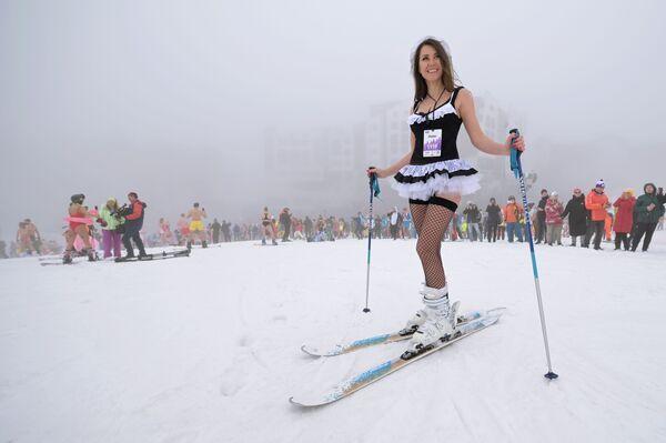 Sjezdu se tak mohli zúčastnit lyžaři a snowbordisti, kteří nemohli přijet v Soči. - Sputnik Česká republika