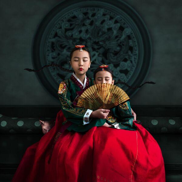 Snímek inspirovaný historickým filmem o princeznách dynastie Čoson (Severní Korea). - Sputnik Česká republika