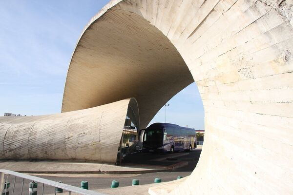 Autobusové nádraží Casar de Cáceres, provincie Cáceres, Španělsko. - Sputnik Česká republika