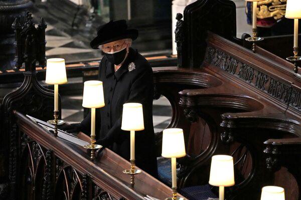 Britská královna Alžběta na pohřbu prince Philipa ve Windsoru, Velká Británie - Sputnik Česká republika