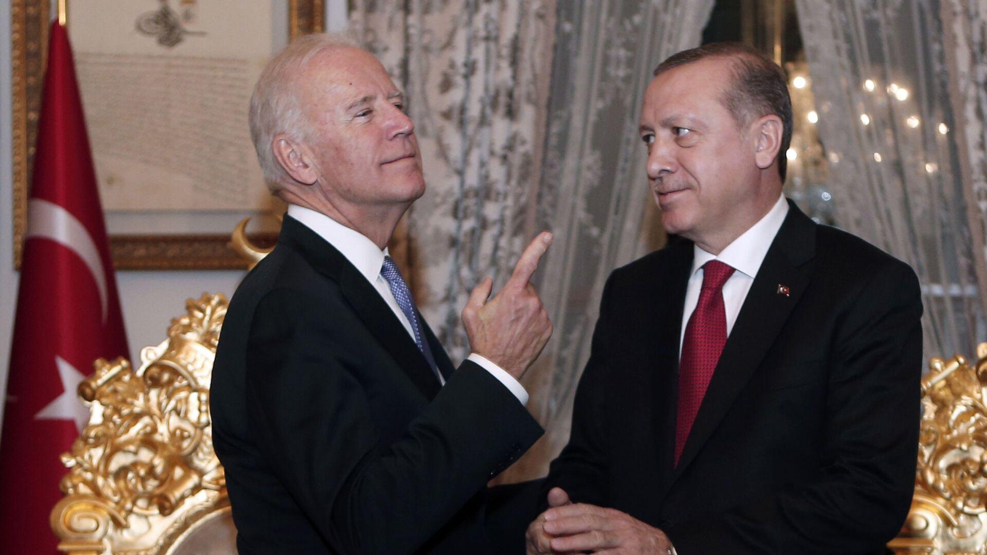 Joe Biden a Recep Tayyip Erdogan - Sputnik Česká republika, 1920, 26.04.2021
