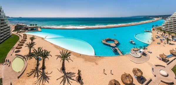 Bazén San Alfonso del Mar v Chile je největším bazénem na světě podle Guinnessovy knihy rekordů (8 hektarů a 1 km) - Sputnik Česká republika
