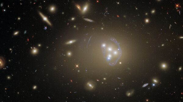 Скопление галактик Abell 3827 - Sputnik Česká republika