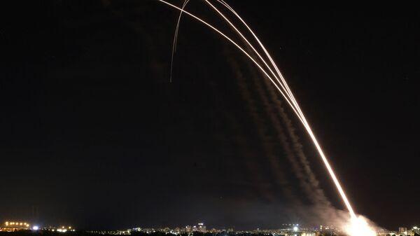Izraelský systém protivzdušné obrany Iron Dome - Sputnik Česká republika
