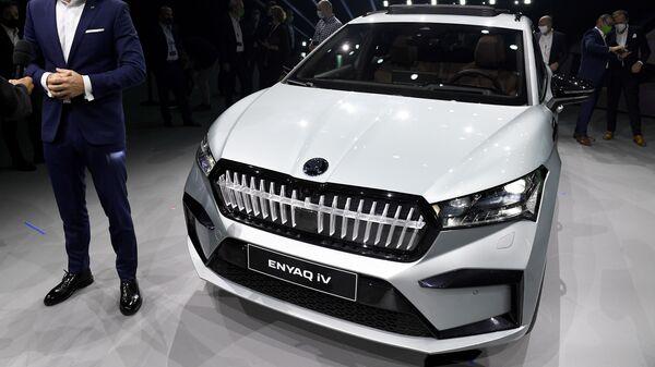 Автомобиль Skoda Enyaq iV - Sputnik Česká republika