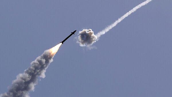 Израильская система противовоздушной обороны Железный купол перехватывает ракету, запущенную из сектора Газа - Sputnik Česká republika