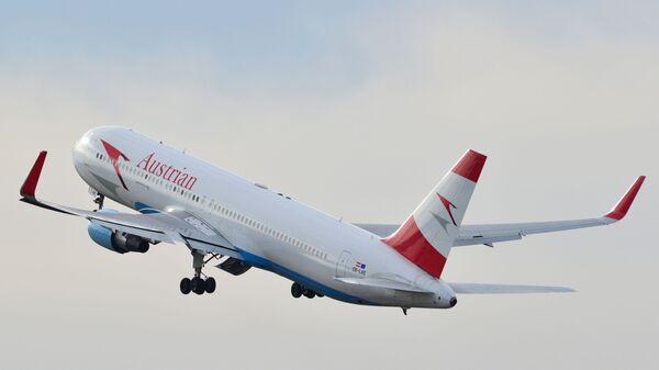 Астрийский Boeing-767 во время полета - Sputnik Česká republika
