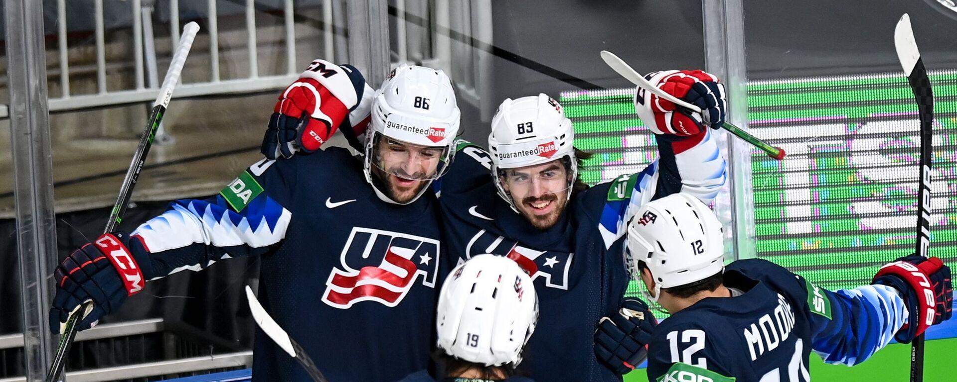 Tým USA vyhrál na hokejovém mistrovství bronzovou medaili    - Sputnik Česká republika, 1920, 06.06.2021