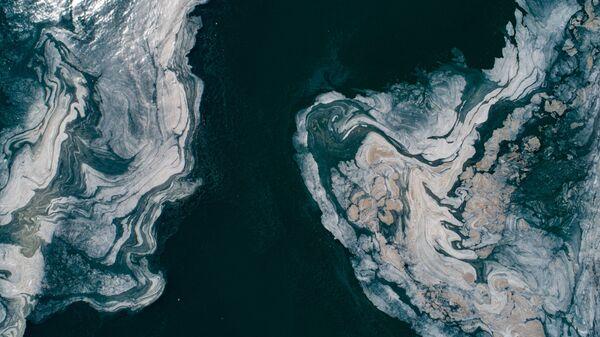 В Мраморном море Турции виден клейкий желеобразный слой слизи - Sputnik Česká republika