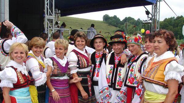 Карпатские Русины в национальных костюм - Sputnik Česká republika