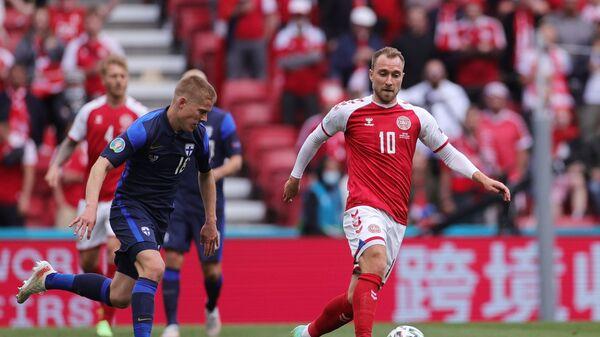 Датский футболист Кристиан Эриксен во время матча с Финляндией - Sputnik Česká republika