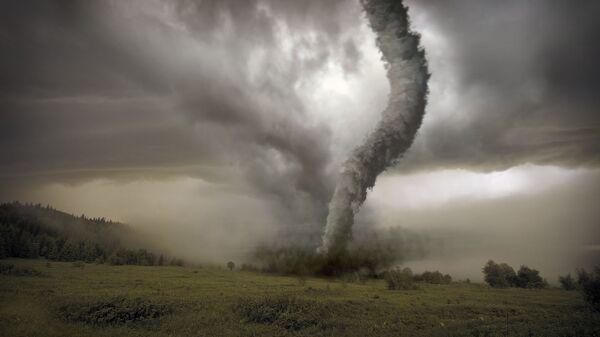 Торнадо на лугу - Sputnik Česká republika