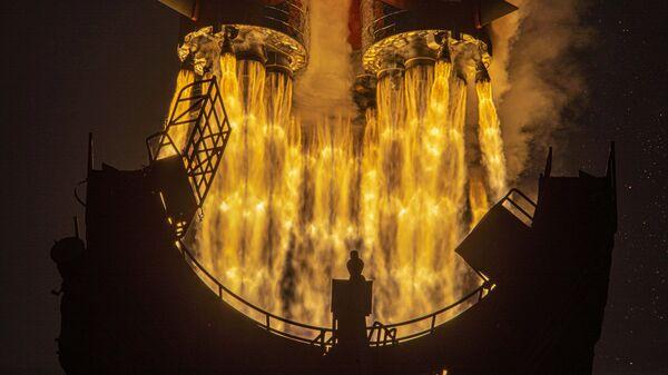 Запуск ракеты-носителя Союз-2.1а с грузовым кораблем Прогресс МС-16 c космодрома Байконур - Sputnik Česká republika