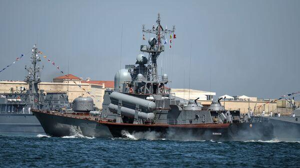 Ракетный катер Р-334 Ивановец Черноморского ВМФ России - Sputnik Česká republika