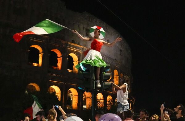 Oslavy fanoušků v Římě.  - Sputnik Česká republika