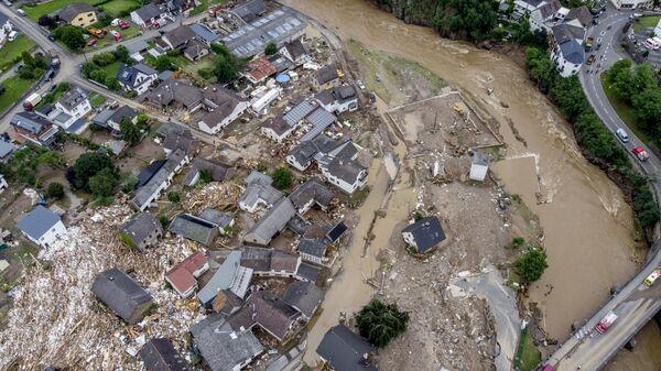 Разрушенные дома видны недалеко от реки Ар в Шульде, Германия  - Sputnik Česká republika