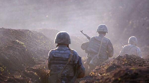 Армянские солдаты на линии фронта в Тавушской области, Армения - Sputnik Česká republika