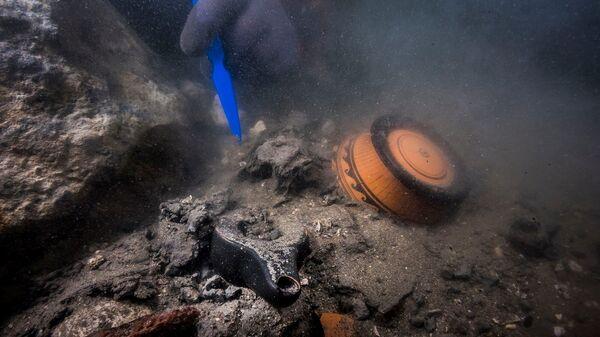 Останки военного корабля, найденного в древнем затонувшем городе Тони-Гераклион, Египет - Sputnik Česká republika