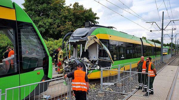 Столкновение трамваев в Познани, Польша - Sputnik Česká republika