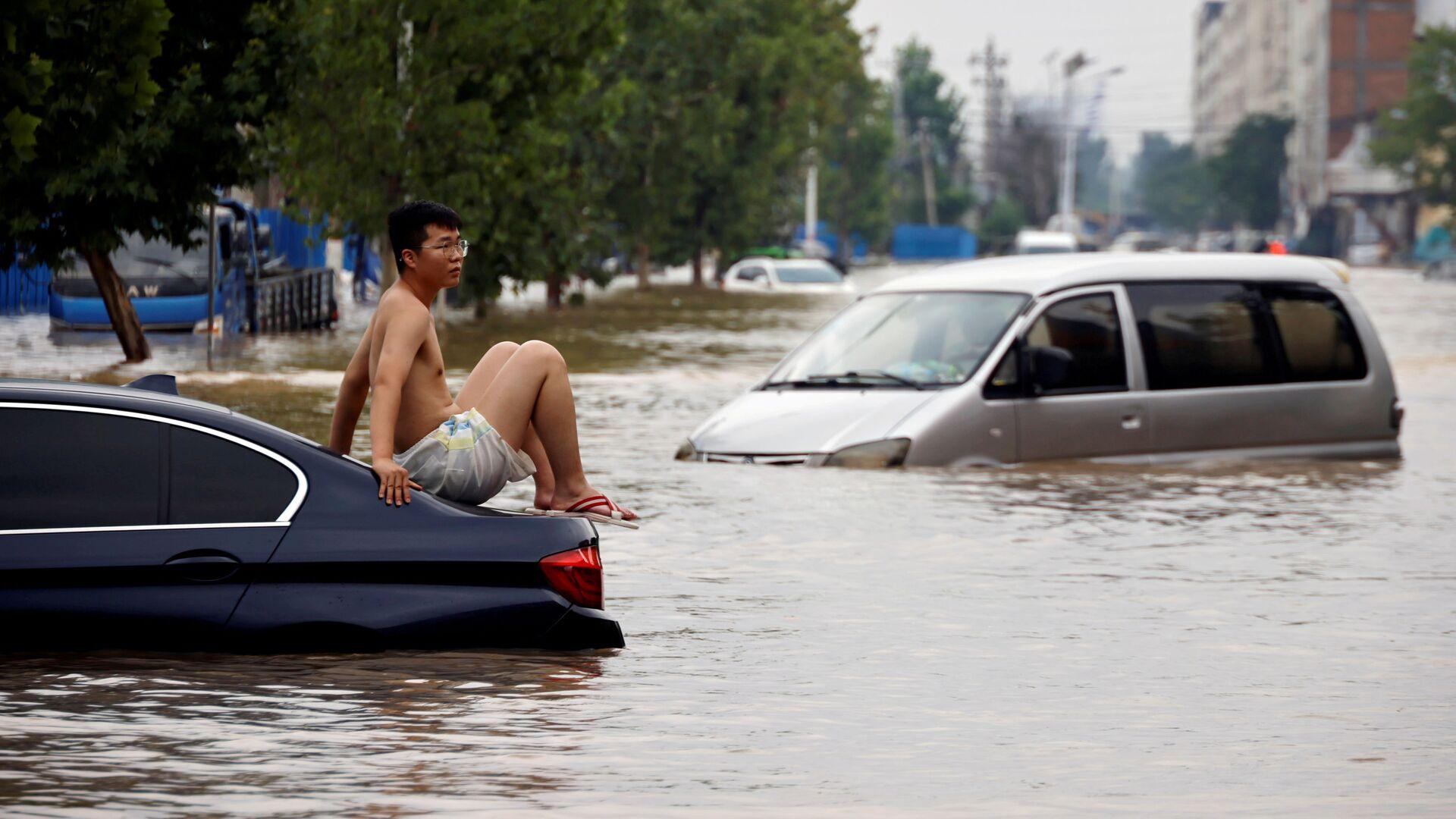 Povodeň v čínském městě Čeng-čou, provincie Che-nan - Sputnik Česká republika, 1920, 09.08.2021