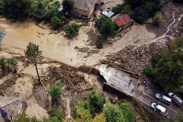 Pohled ze vzduchu na zaplavené město poblíž provincie Kastamonu. - Sputnik Česká republika