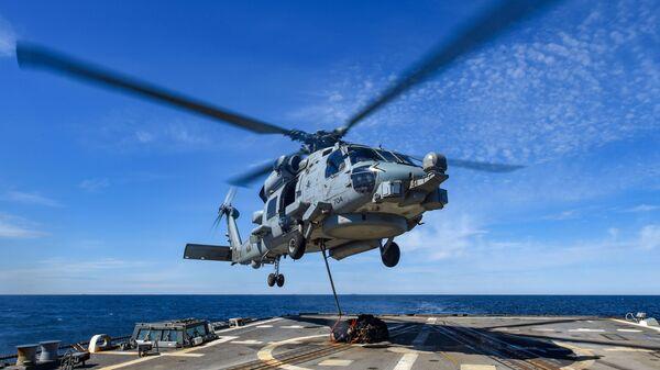 Американский вертолет MH-60R Seahawk - Sputnik Česká republika
