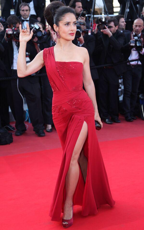 Herečka Salma Hayek na 63. mezinárodním filmovém festivalu v Cannes ve Francii, 2010 - Sputnik Česká republika