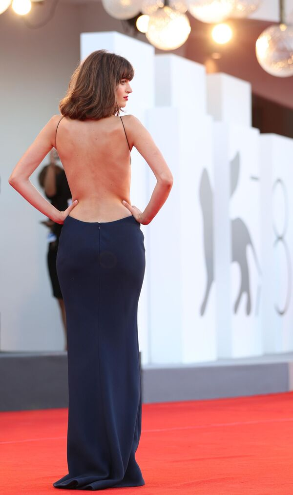 Italská modelka a herečka Greta Ferro na slavnostním zahájení 78. mezinárodního filmového festivalu v Benátkách - Sputnik Česká republika
