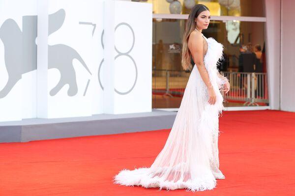 Herečka Nilufar Addati na 78. mezinárodním filmovém festivalu v Benátkách - Sputnik Česká republika