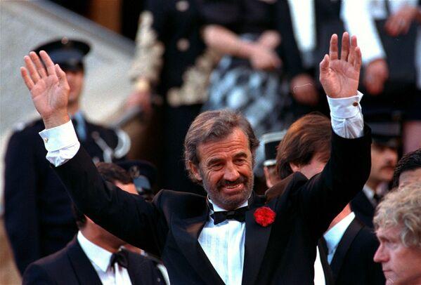 Jean-Paul Belmondo na filmovém festivalu v Cannes v roce 1988 - Sputnik Česká republika