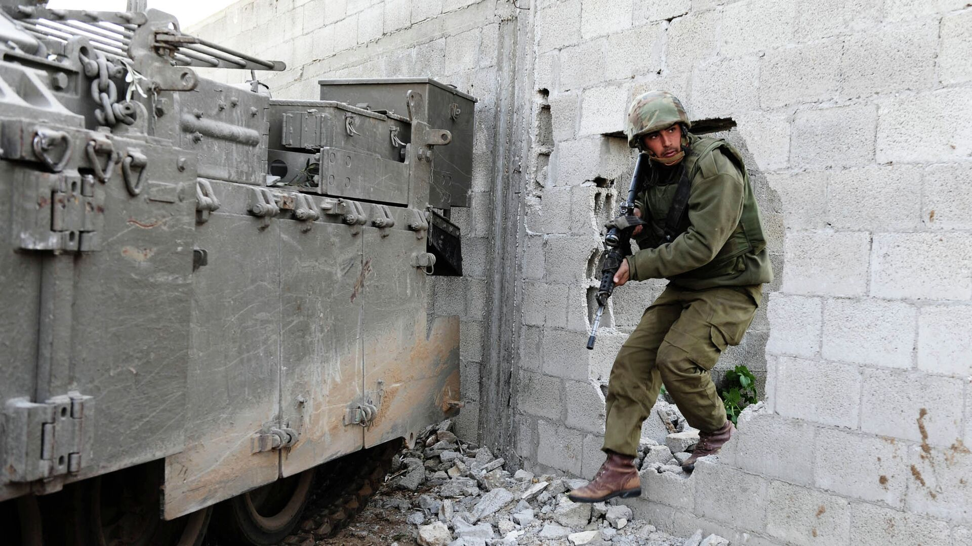 Izraelský voják v Pásmu Gazy - Sputnik Česká republika, 1920, 13.09.2021