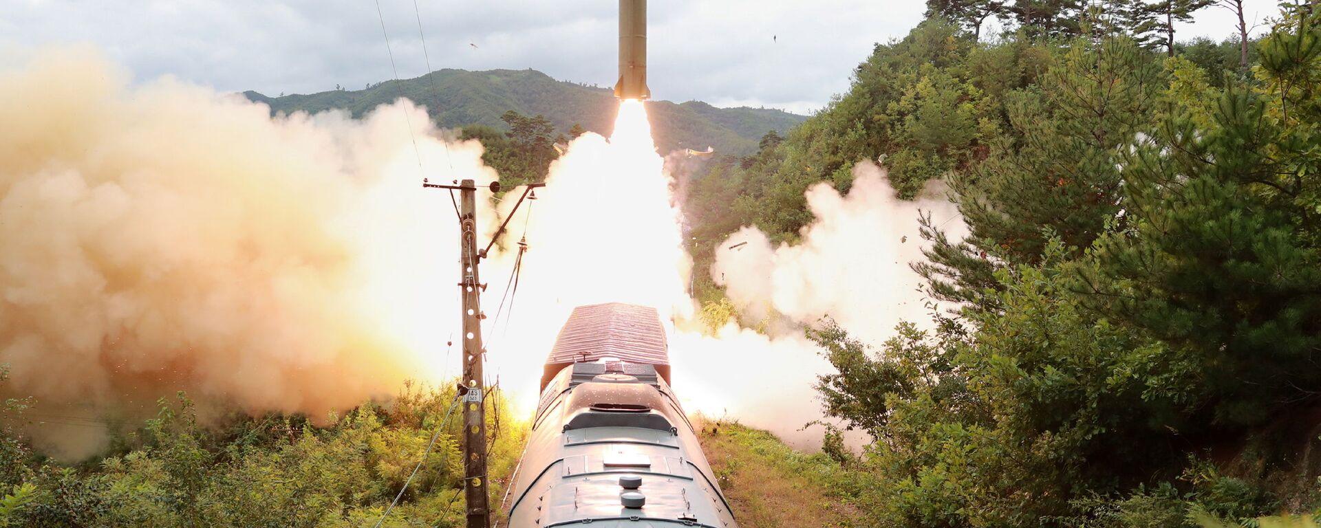 Start rakety v Severní Koreji - Sputnik Česká republika, 1920, 29.09.2021