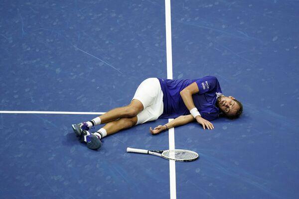 Daniil Medveděv po výhře nad Novakem Djokovićem ve finále US Open. - Sputnik Česká republika