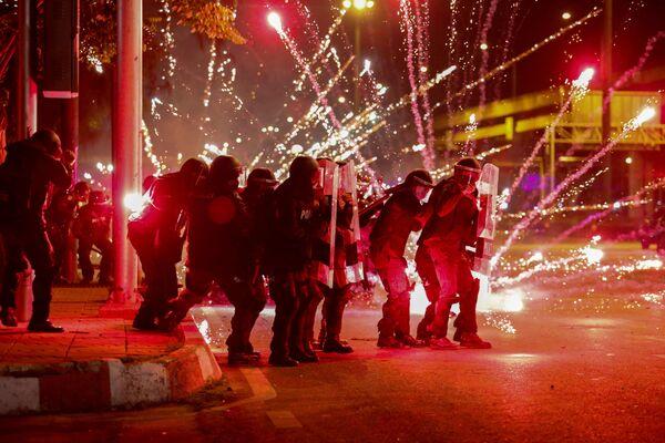 Protivládní protesty v Thajsku (13. září). - Sputnik Česká republika