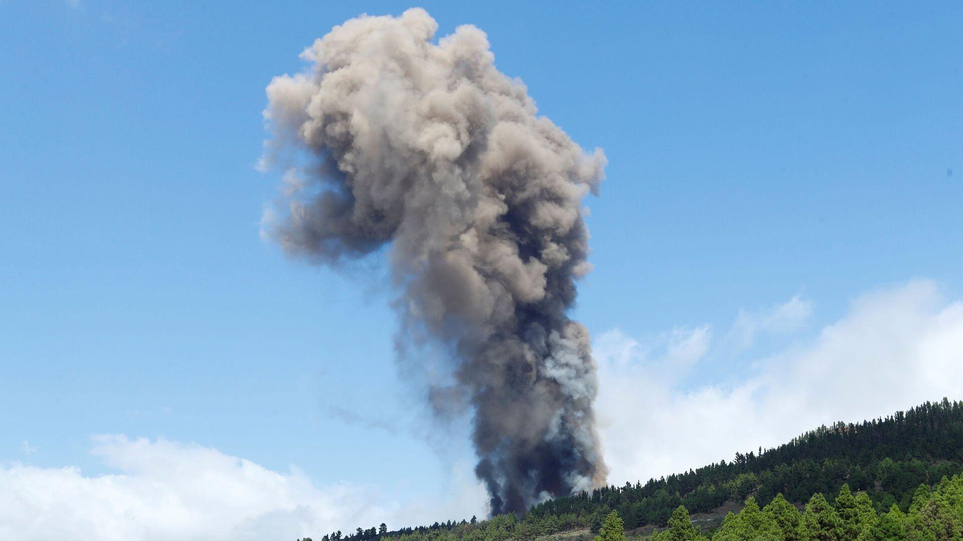 Na Kanárských ostrovech začala sopečná erupce - Sputnik Česká republika, 1920, 19.09.2021