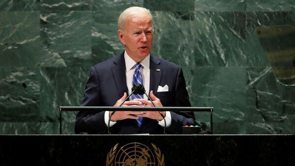 Президент США Джо Байден выступает на 76-й сессии Генеральной Ассамблеи ООН в Нью-Йорке - Sputnik Česká republika