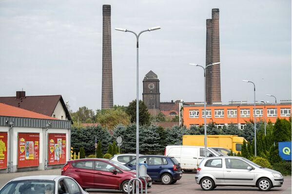 Uzavřená uhelná elektrárna Somberki ve městě Bytom v Polsku - Sputnik Česká republika