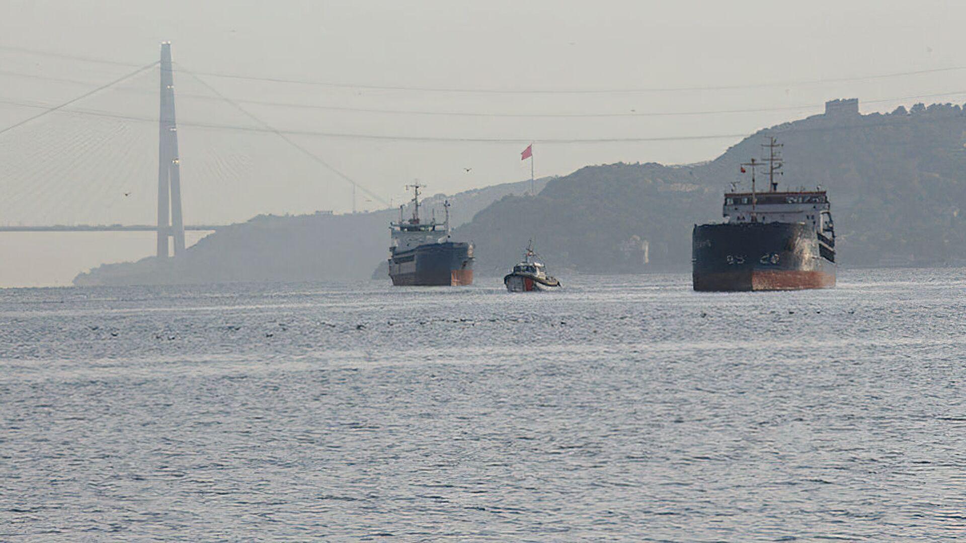 V průlivu Bospor došlo ke střetu ruské a turecké lodi - Sputnik Česká republika, 1920, 25.09.2021