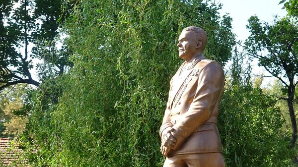 Памятник маршалу Советского Союза Родиону Яковлевичу Малиновскому в городе Старый Теков, Словакия - Sputnik Česká republika