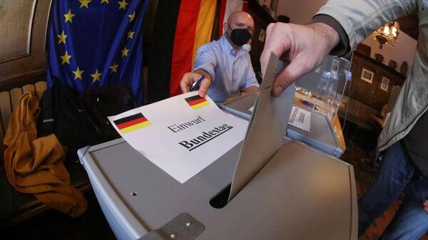Голосование о время парламентских выборов в Берлине, Германия - Sputnik Česká republika