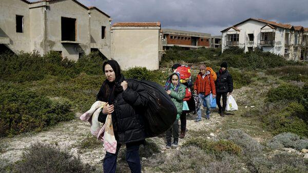 Афганские беженцы - Sputnik Česká republika