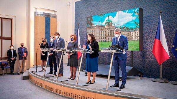 Пресс-конференция чешских министров после заседания правительства 31 мая 2021 года - Sputnik Česká republika