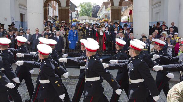 Военные во время парада в Лондоне, Великобритания - Sputnik Česká republika